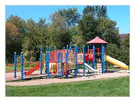 Picture of the playground equipment at the Lions Park
